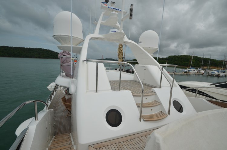 Discover Phuket surroundings on this 100 MY Benetti boat