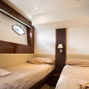 Discover Phuket surroundings on this V56 Princess boat