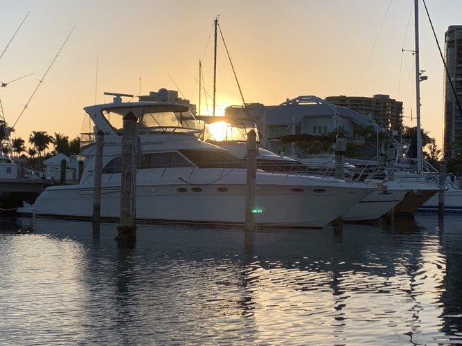 Sea Ray's 51.0 feet in Miami