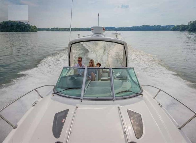 Up to 10 persons can enjoy a ride on this Motor boat boat