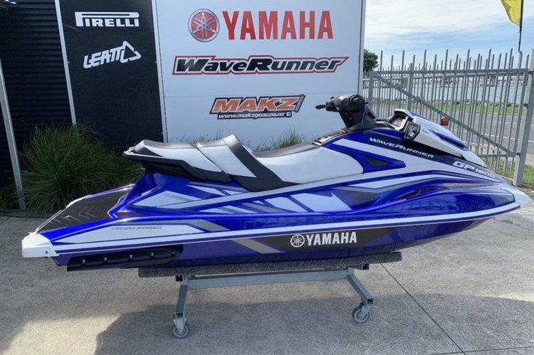 Yamaha's 11.0 feet in Miami Beach