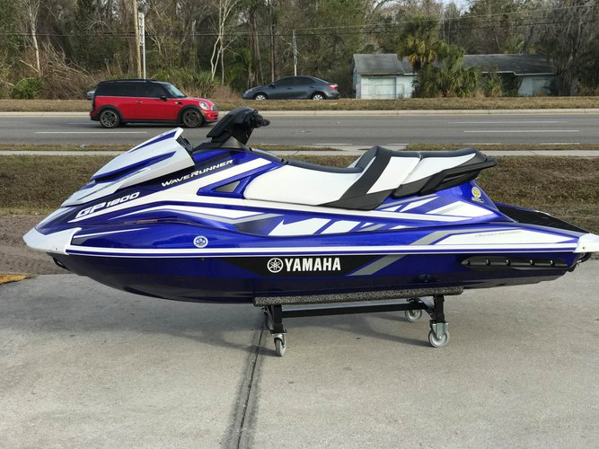 11.0 feet Yamaha in great shape
