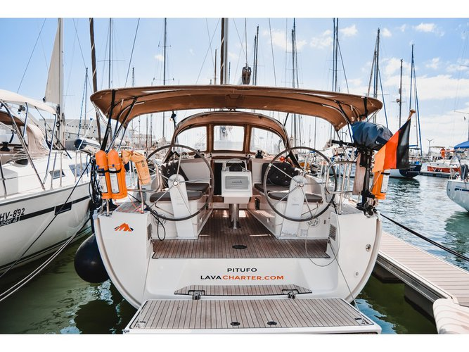 Take this Bavaria Yachtbau Bavaria Cruiser 37 for a spin!
