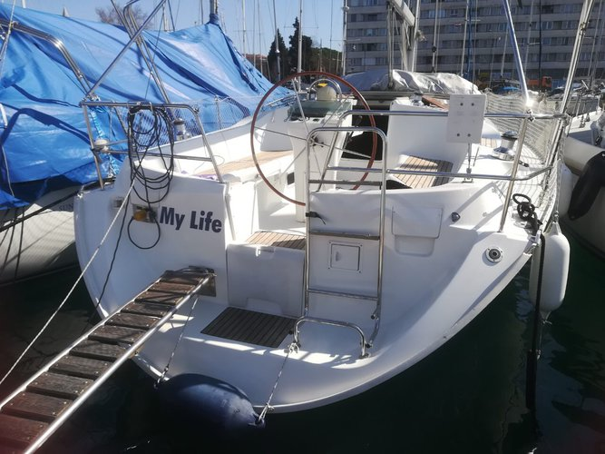 Boat for rent Bénéteau 11.1 feet in ACI Marina Pula, Croatia