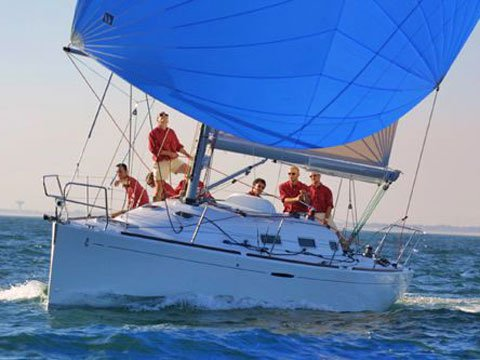 This sailboat charter is perfect to enjoy Caorle