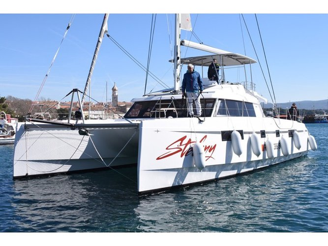 Discover Punat, Krk in style boating on this sailboat rental
