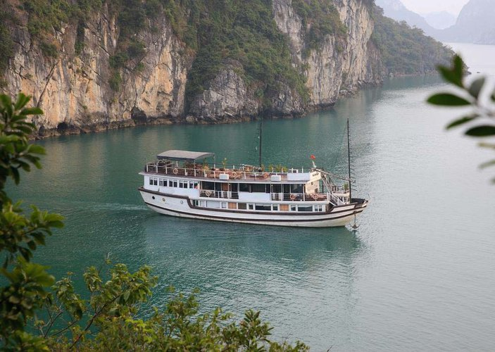 Enjoy luxury and comfort on this Ha Long sail boat rental