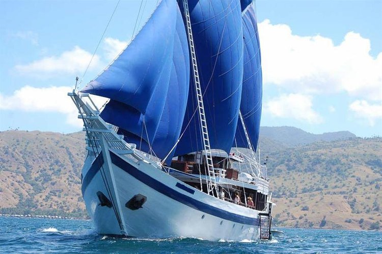 Boating is fun with a Classic in Bali