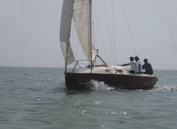 Hop aboard this amazing sail boat rental in India!