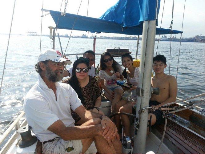 Motorsailer boat for rent in Changi Sailing Club