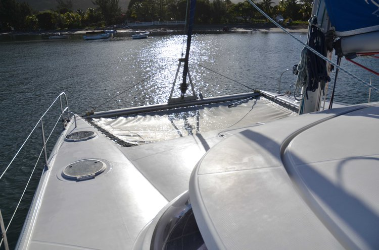 Discover Trou D'Eau Douce surroundings on this Custom Custom boat