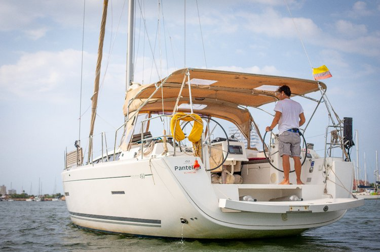 Motorsailer boat rental in Cartagena, Colombia