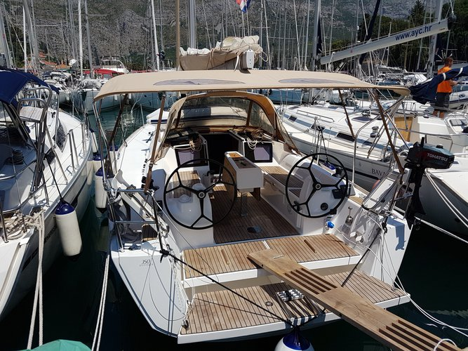 Take this Dufour Yachts Dufour 350 Grand Large for a spin!