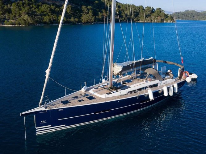 Jump aboard this beautiful Dufour Yachts Dufour 56 Exclusive