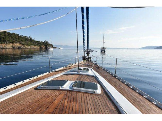 Jump aboard this beautiful Feeling Feeling 546