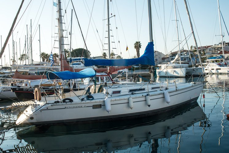 Fabulous Sun  41 perfectly conditioned for bareboat or skippered