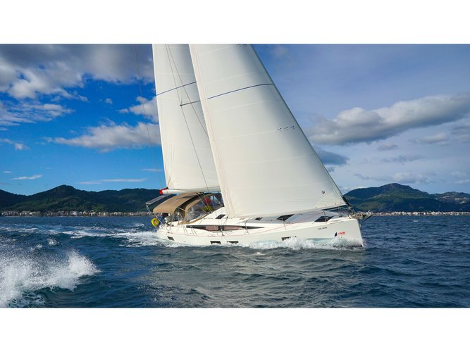 Discover Marmaris in style boating on this sailboat rental