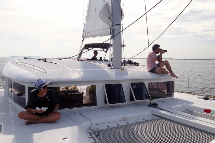 Catamaran boat rental in Marina Sentosa Cove,