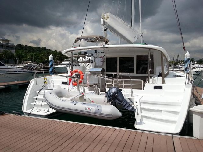 Cruise in style on this beautiful sail boat for rent