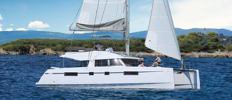Climb aboard Nautitech 46 Fly for an unforgettable experience in Martinique