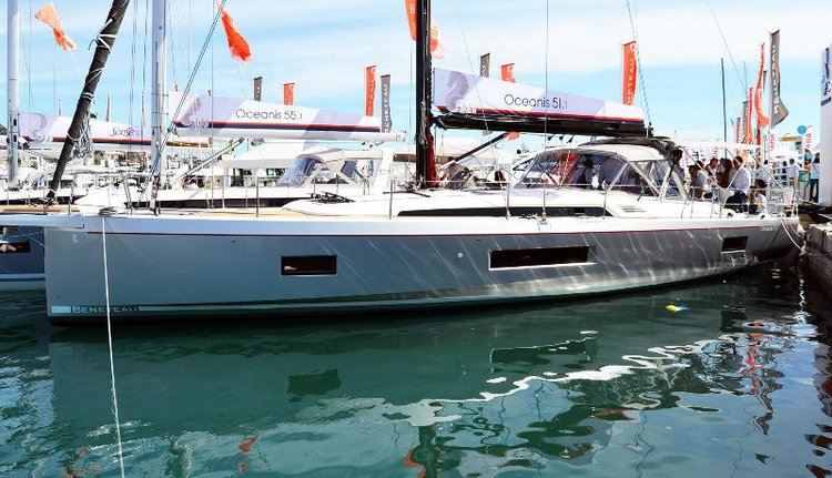 Monohull boat for rent in Le Marin