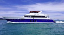 Have fun in the sun on this Singapore motor yacht charter