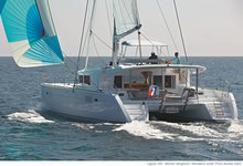 Relax on board our catamaran charter in Singapore