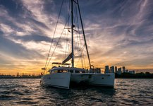 Beautiful sail boat for rent, ideal for fun in the sun