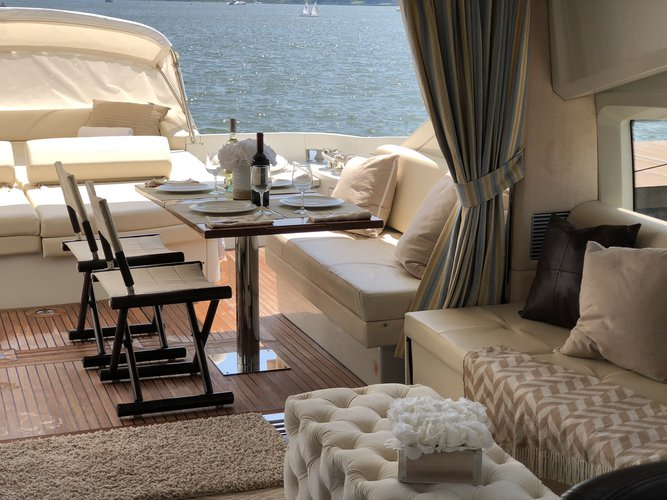 Boat for rent Azimut 68.0 feet in Harborage Yacht Club and Marina,