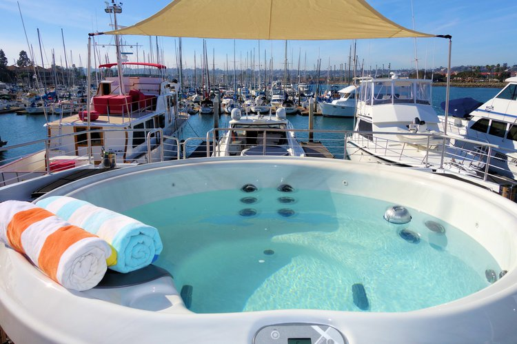 Boating is fun with a Motor yacht in San Diego