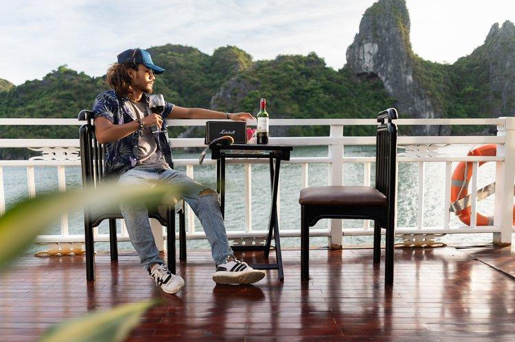 Discover Hoan Kiem surroundings on this Custom Custom boat