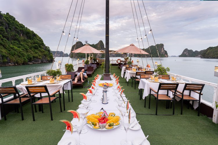 Boating is fun with a Mega yacht in Hoan Kiem