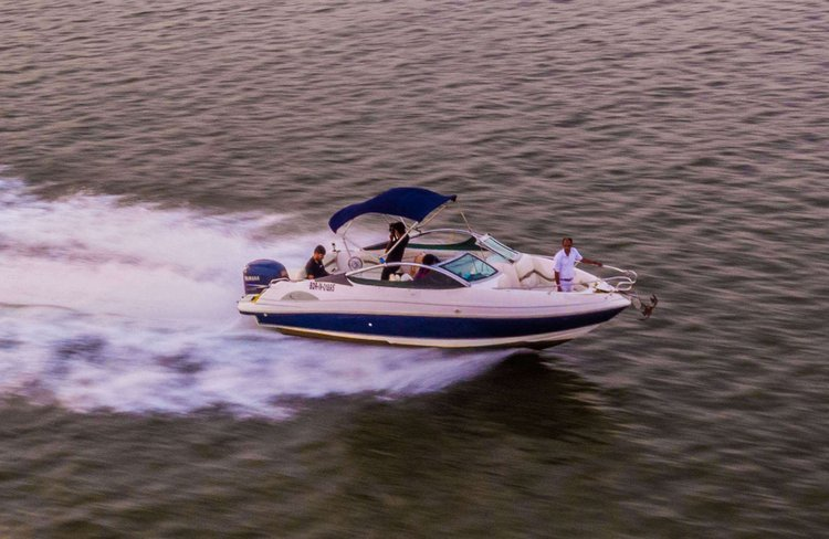 Center console boat for rent in Panjim