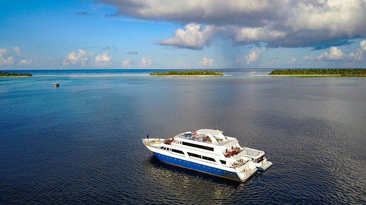 Motor yacht boat rental in Male, Mauritius