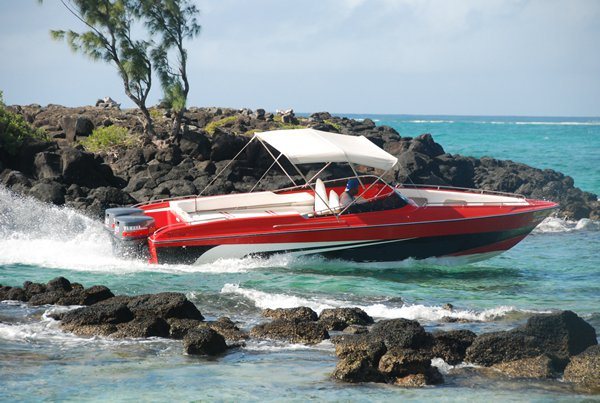 Center console boat rental in Trou D´Eau Douce, Mauritius