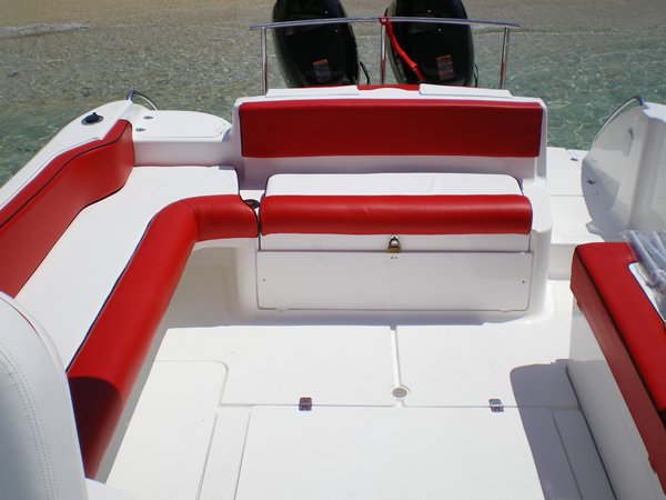 Boat for rent Custom 28.0 feet in Trou D´Eau Douce,