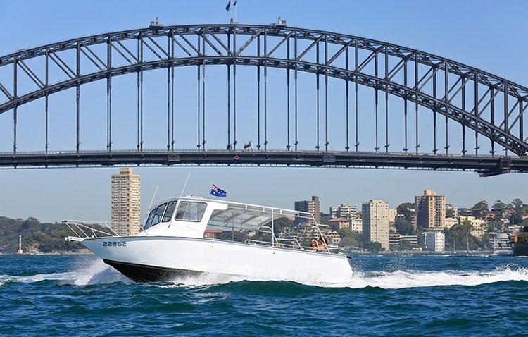 Custom's 28.0 feet in Sydney