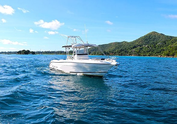 Center console boat rental in , Seychelles