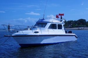 Get the perfect boat to enjoy Indonesia in style