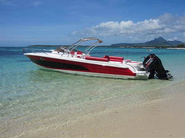 Have fun in the sun on this Mauritius motor boat charter