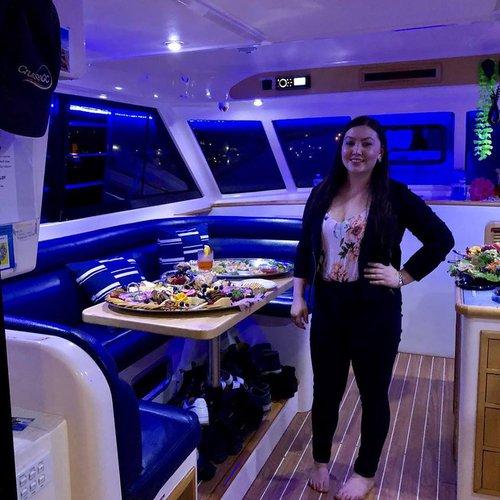 Catamaran boat for rent in Queensland