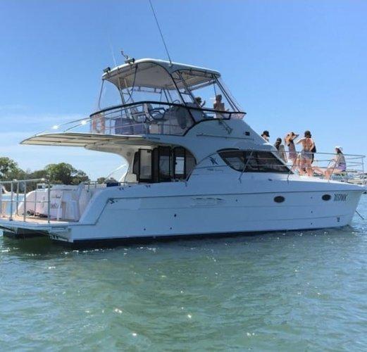 Boat rental in Queensland,