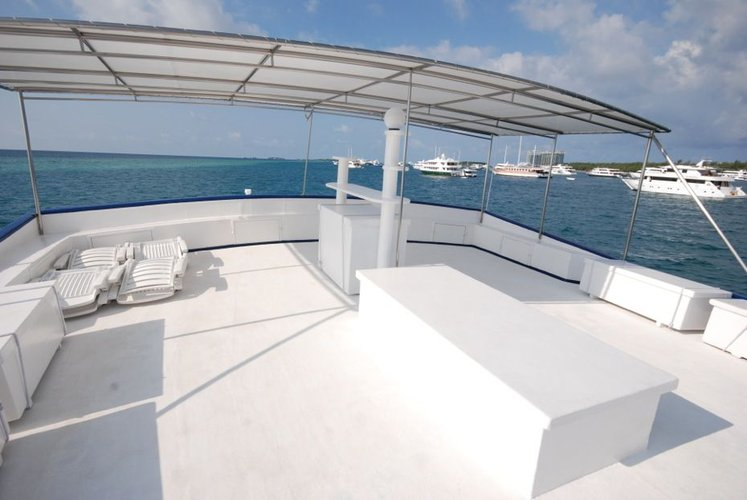 Discover Male surroundings on this Custom Custom boat
