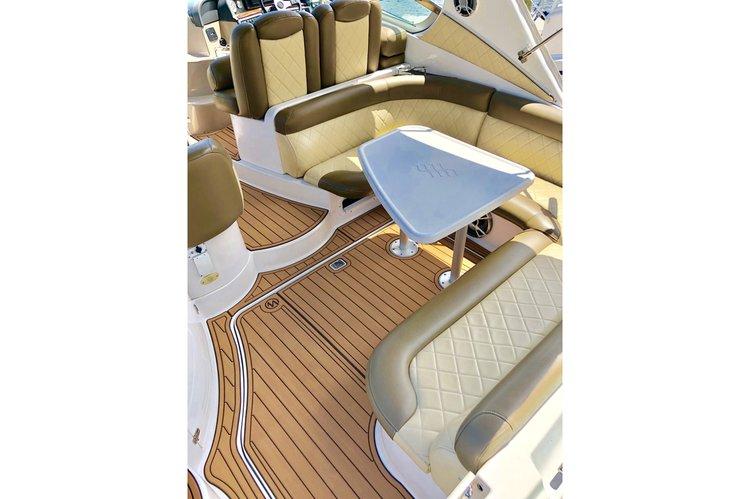 Boat for rent Four Winns 40.0 feet in Hallandale Beach, FL