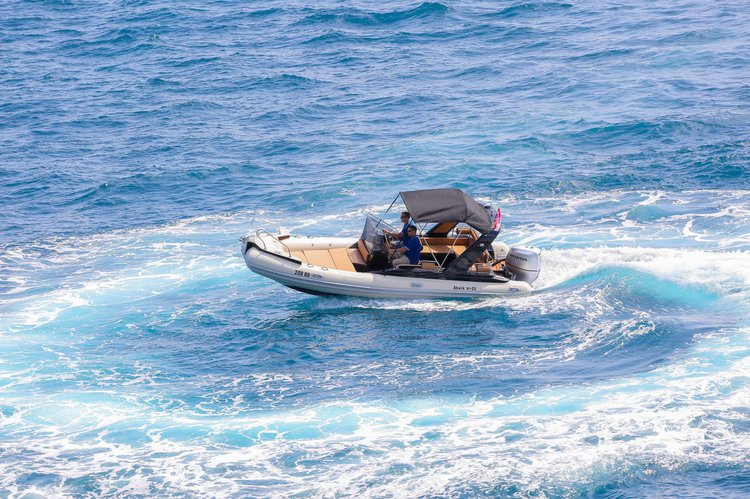 Motor boat boat rental in Split,