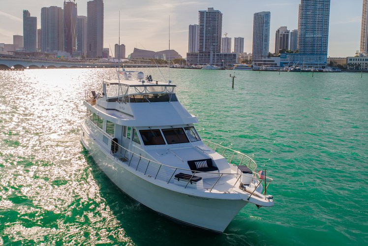 Boat for rent Hatteras 80.0 feet in Sea Isle Marina & Yachting Center, FL