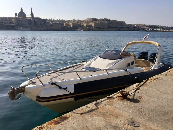 Boat rental in Zurrieq,