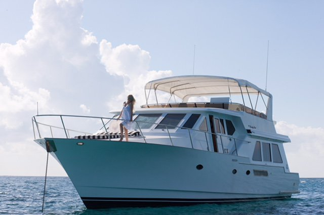 Avoid the Crowds, Private Luxuary Yacht for the day or Over night!