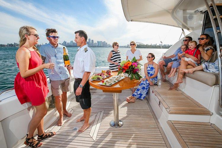 Flybridge boat for rent in Sydney