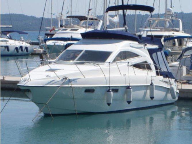 Enjoy luxury and comfort on this Sealine Sealine F34 in Seget Donji